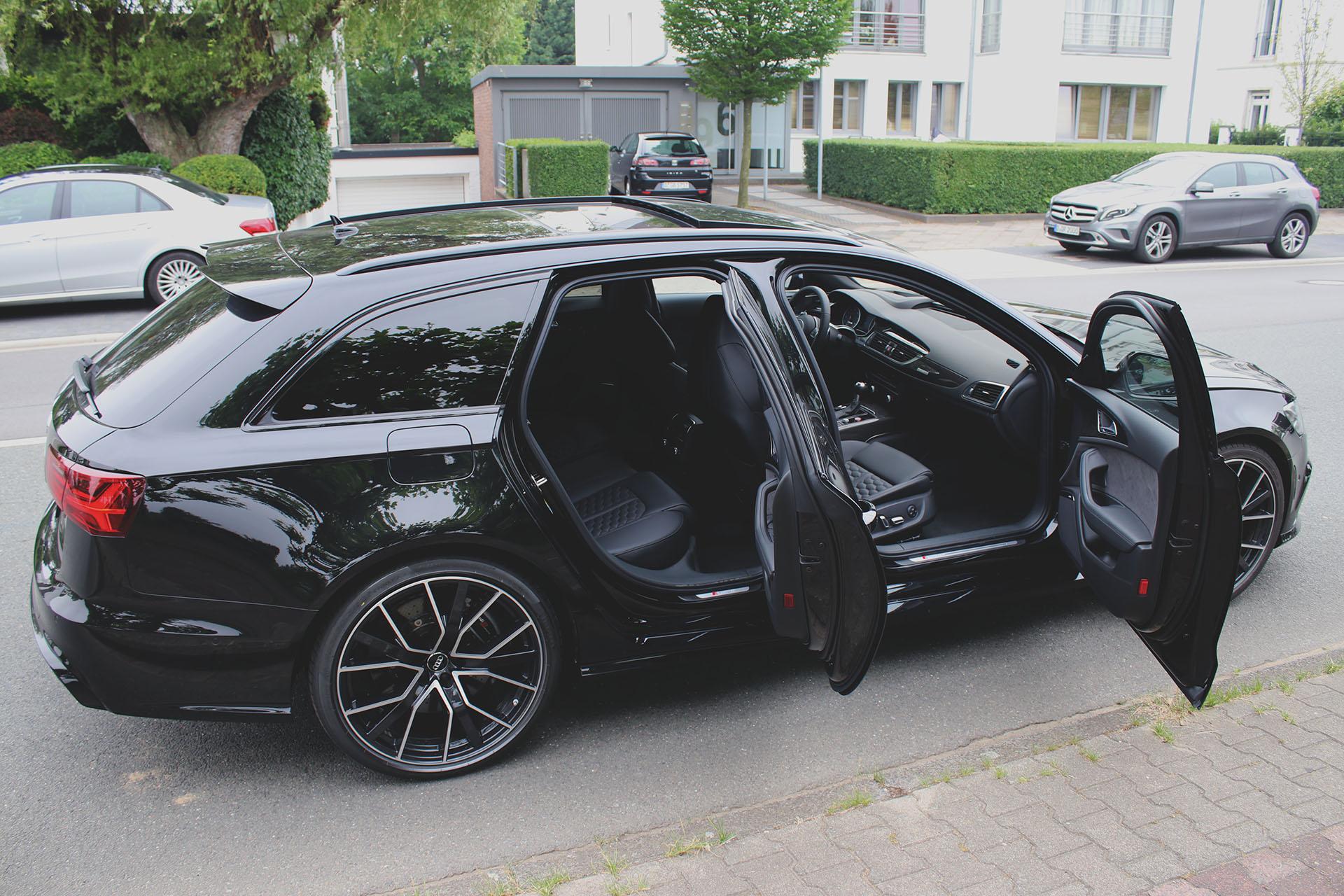 Audi RS6 offene Türen